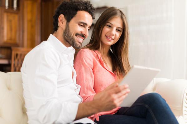 pentecostal dating online Miten kirjoittaa suuri dating email päivittäin postitse